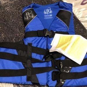 Other - New Men's life jacket size L/XL